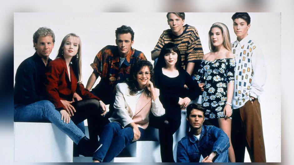 """Serienstars der 90er: Der Cast von """"Beverly Hills, 90210""""."""