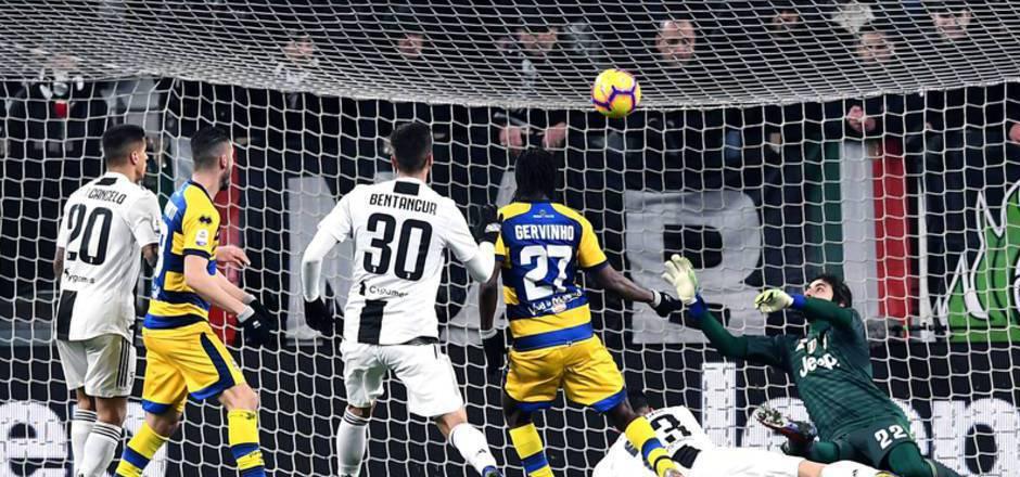 Parma-Stürmer Gervinho erzielte in der 93. Minute den Ausgleich.