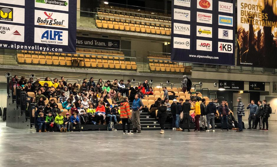 In der Olympiaworld kamen die Schüler unter.