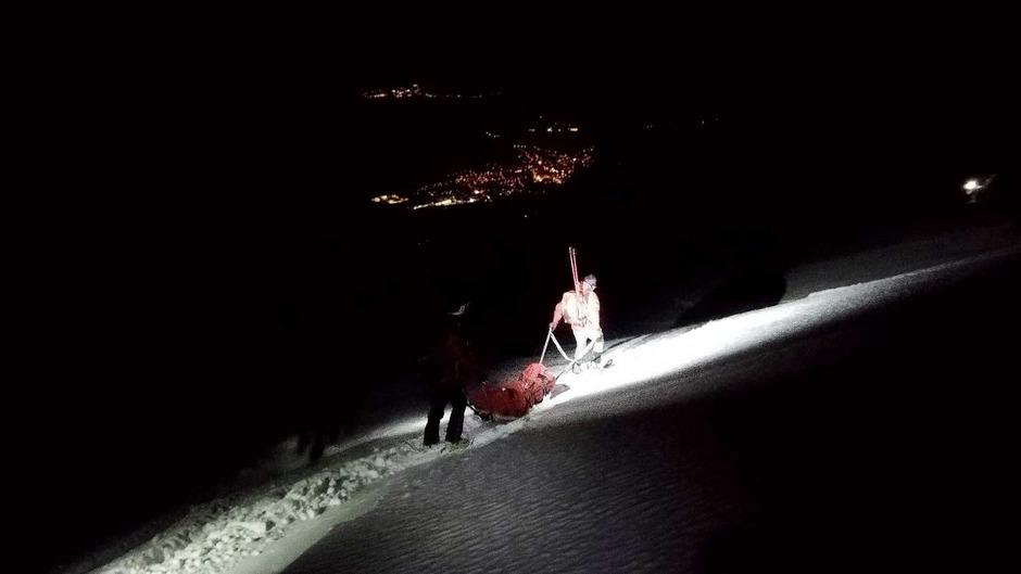Die Bergretter brachten den Verletzten ins Tal.