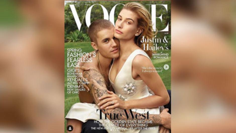 """Wie kommt Justin Bieber damit zurecht, schon seit Teenagerzeiten ein Superstar zu sein? In einem """"Vogue""""-Interview an der Seite von Hailey Baldwin packte der Sänger nun aus – bemerkenswert schonungslos."""