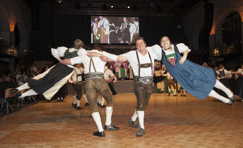 Der traditionelle Auftanz ist eines der Highlights am Tiroler Bauernbundball.