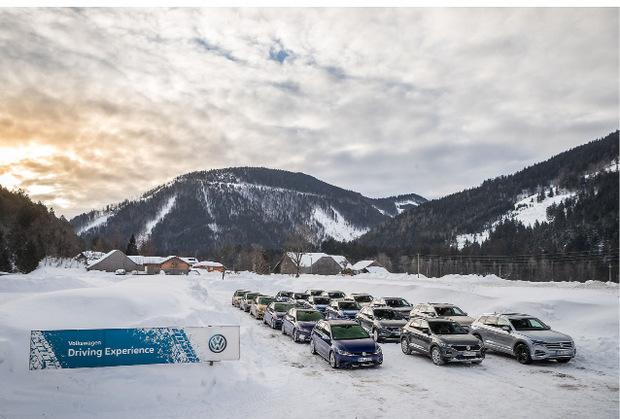 Über mangelnden Schnee konnte sich das VW-Team in Salzburg wahrlich nicht beklagen.
