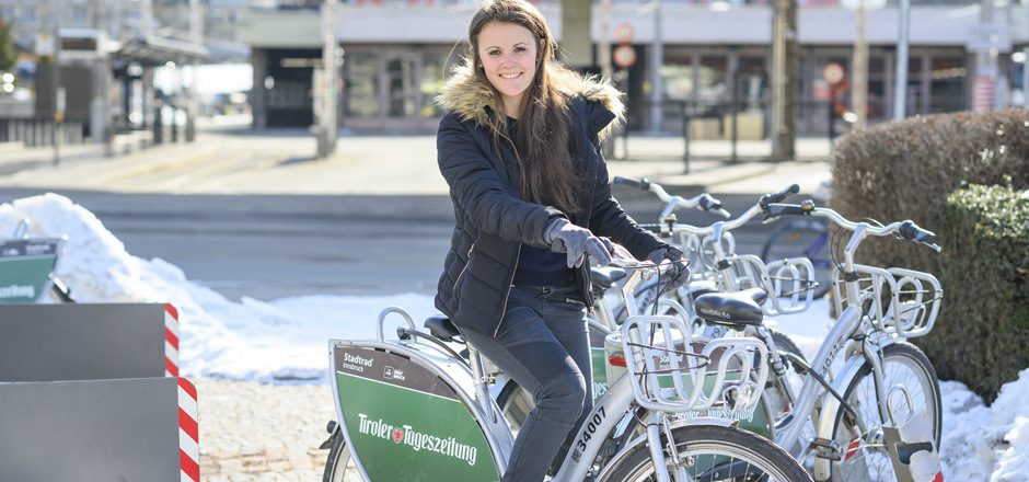 Die Studentin Debora Obkircher hat vergangenes Jahr 485 Mal ein Stadtrad ausgeliehen.