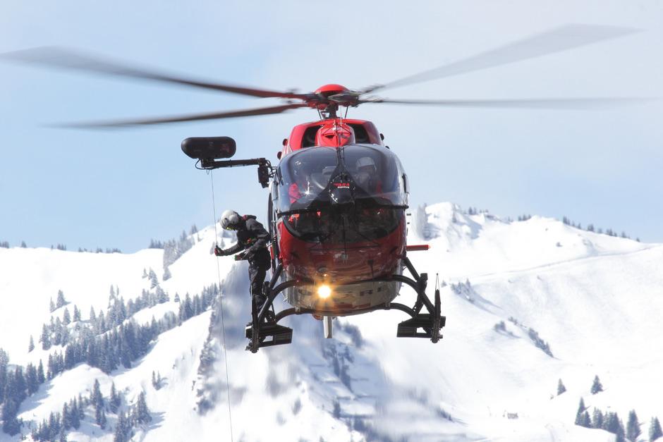 Die Rettungswinde des RK 2 musste im Vorjahr 180-mal eingesetzt werden, um Verletzte aus unwegsamem Gelände zu bergen.