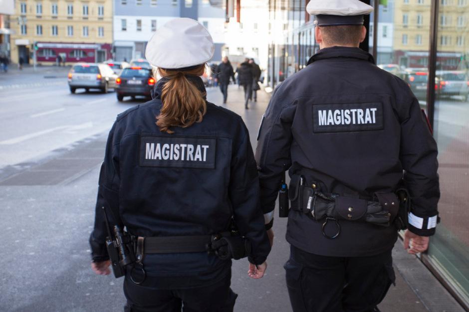 Durch die Besetzung mit Mitarbeitern der Mobilen Überwachungsgruppe (MÜG) soll ein verstärktes Sicherheitsgefühl entstehen. (Symbolbild)