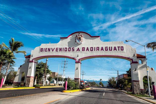 Das Tor zur Stadt Badiraguato in Sinaloa.
