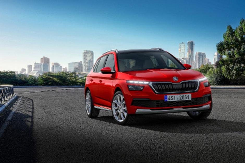 In der Škoda-SUV-Familie der Dritte – unverkennbar ist der Kamiq ein Verwandter von Kodiaq & Karoq, doch eigenständig ist er in den Design-Details.
