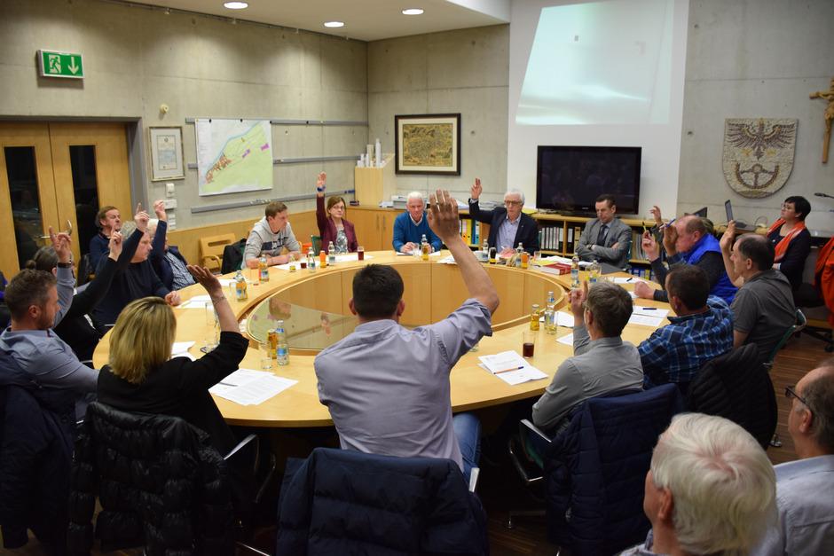 Mit 13:2 Stimmen entschied sich der Radfelder Gemeinderat für den Beitritt zum Hochwasserverband – so die Forderungen erfüllt werden.