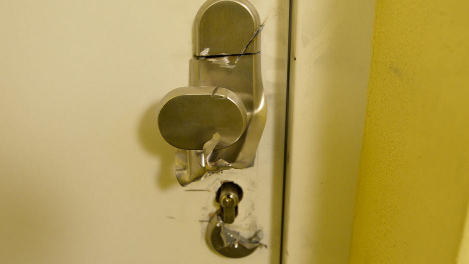 Schlüsseldienst-Betrug in Telfs: Tür beschädigt, 600 Euro abgezockt