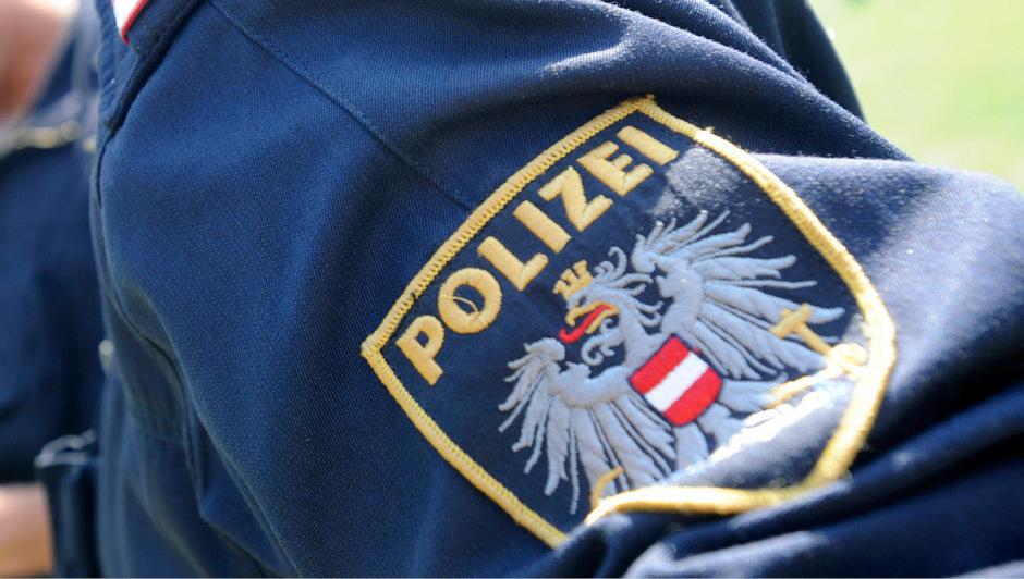 Polizei geht nach Leichenfunden in Fluss von Unfall aus