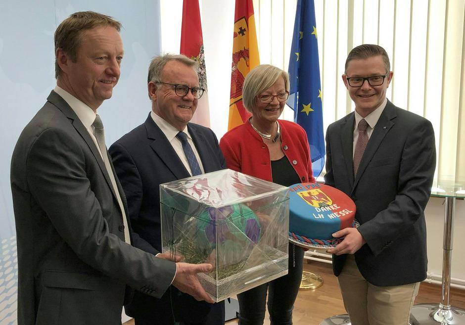 Rot-blaue Harmonie vor Abschied von Burgenlands LH Niessl