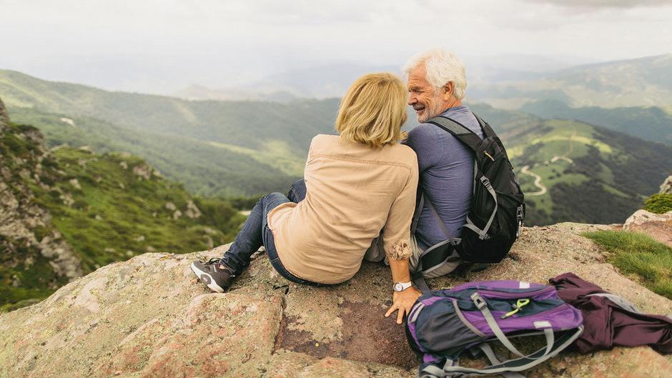 Das Alter spielt bei Reiseversicherungen in der Regel keine Rolle, die eigene Krankheitsgeschichte aber sehr wohl.