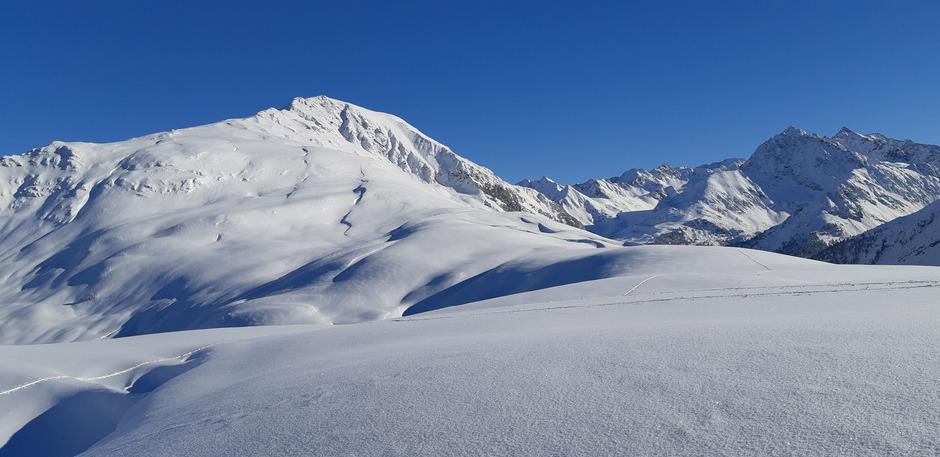 Die Skiverbindung zwischen Hochoetz und Kühtai über das Schafjoch (Bild) ist Gegenstand heftiger Diskussionen.