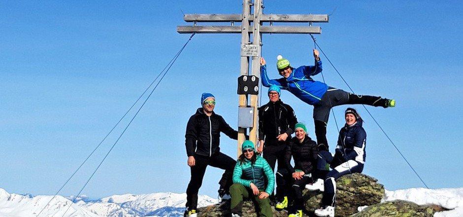Auf dem Gipfel der Pallspitze hat man offensichtlich viel Spaß.