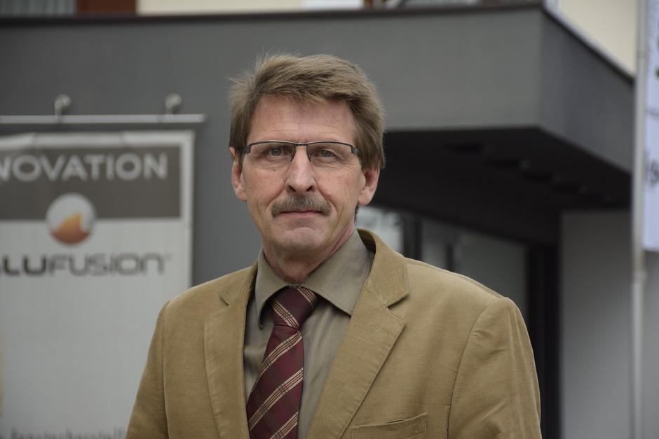"""""""Durch die Widmung verhindern wir Freizeitwohnsitze durch die Hintertüre."""" Hermann Ritzer?( Bürgermeister)"""