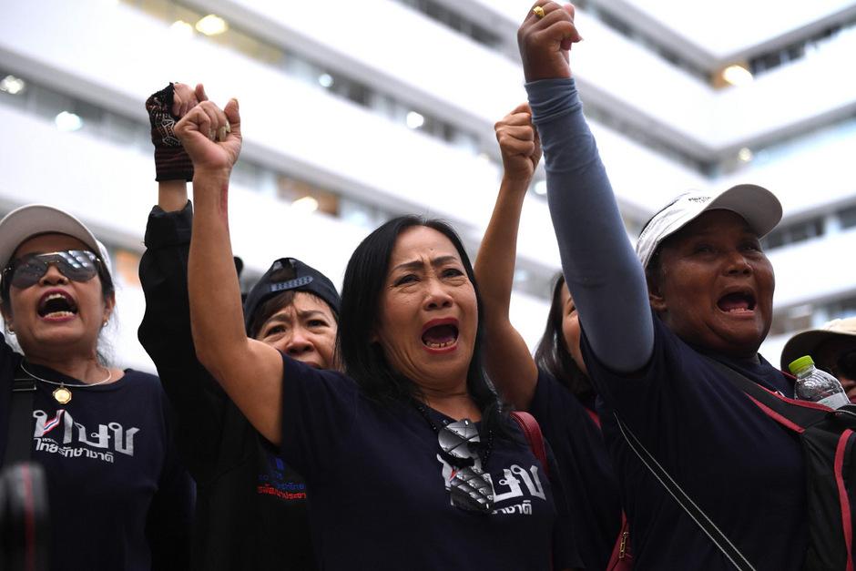 Unterstützer der TRC protestieren gegen den Beschluss des Verfassungsgerichtes.