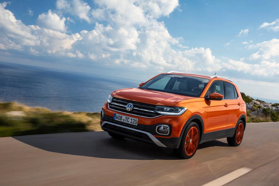 Ab 18.690 Euro bietet VW den 95 PS starken T-Cross an.