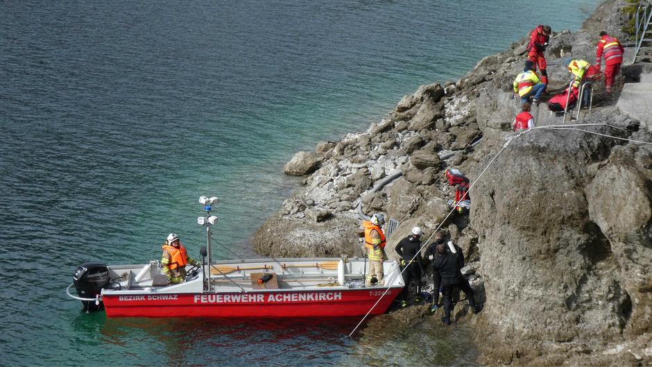 Großeinsatz für die Rettungskräfte am Achensee.