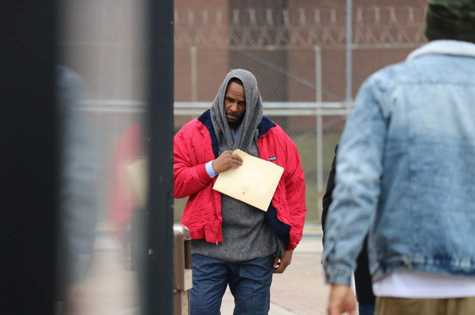 R. Kelly bei seiner Entlassung aus dem Gefängnis in Chicago.