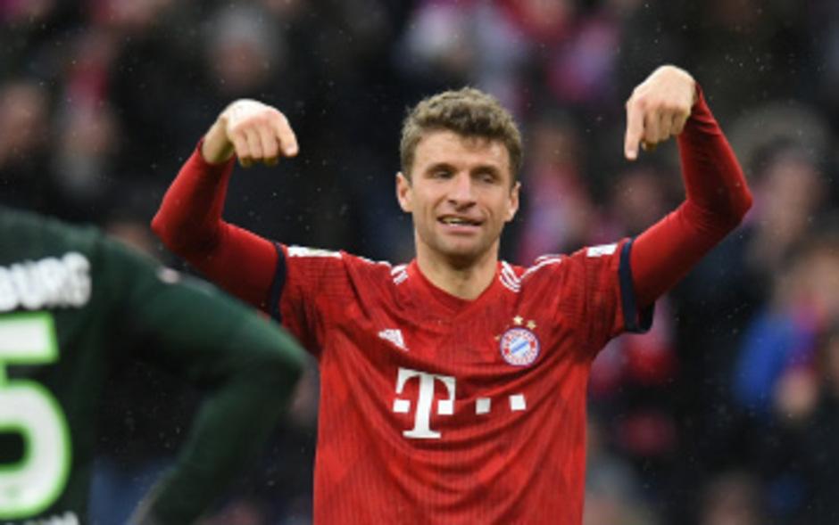 """Ein Tor, ein Assist: """"Opa"""" Thomas Müller bewies, dass er noch lange nicht zum alten Bayern-Eisen zählt."""