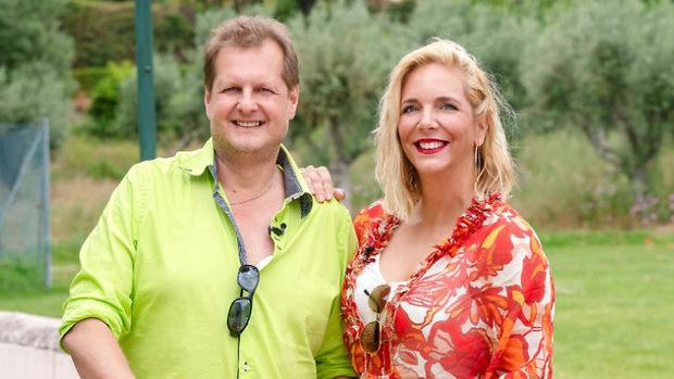 """Noch im Sommer nahm Jens Büchner mit seiner Frau Daniela an der RTL-Show """"Das Sommerhaus der Stars"""" teil."""