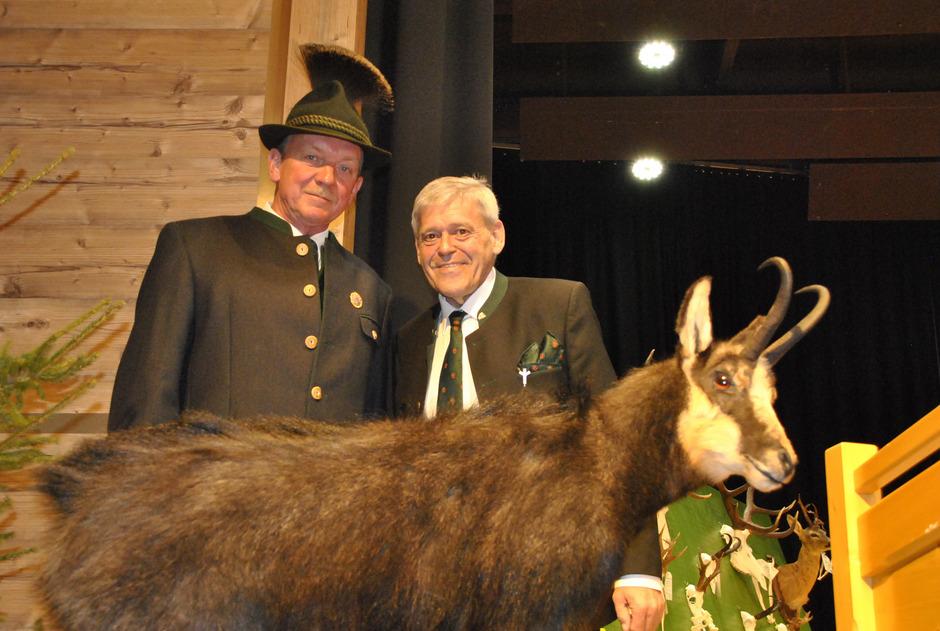 Bezirksjägermeister Martin Antretter (l.) und Landesjägermeister Anton Larcher äußerten auch kritische Worte zur Wildsituation.