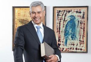Dr. Stephan Wijnkamp, wohnt in Imst und ist als Anwalt bei der Tiroler Rechtsanwaltskammer gelistet. Schwerpunkt seiner Kanzlei ist neben Ski- und Bergsportrecht auch die Beratung und Vertretung im Zusammenhang mit dem Kauf und Verkauf von Ferienwohnungen