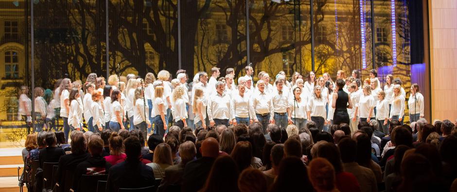 Der Popchor Tirol begeisterte in Innsbruck das Publikum.