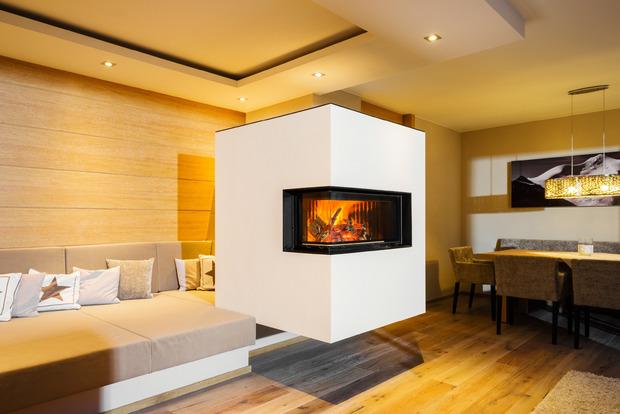 """Vom Design bis zur Realisierung des mit der """"Ofenflamme 2019"""" ausgezeichneten Ofens stammt alles aus einer Hand."""