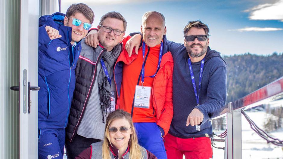 Rene Melik, Max Engelmayer, Didi Ziesel, Stefan Steinacher (v.l.) und Daniela Maier bei der Weltmeisterschaft in Seefeld.