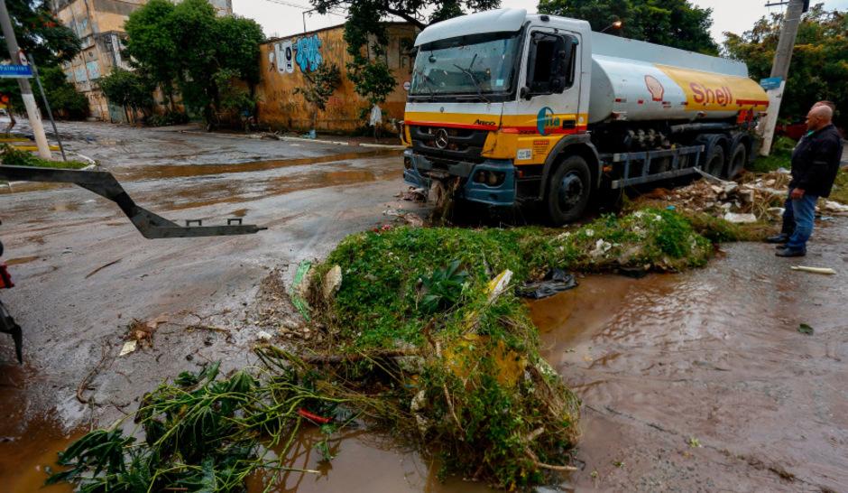 Mindestens Zwölf Tote Durch Schwere Unwetter In Brasilien Tiroler