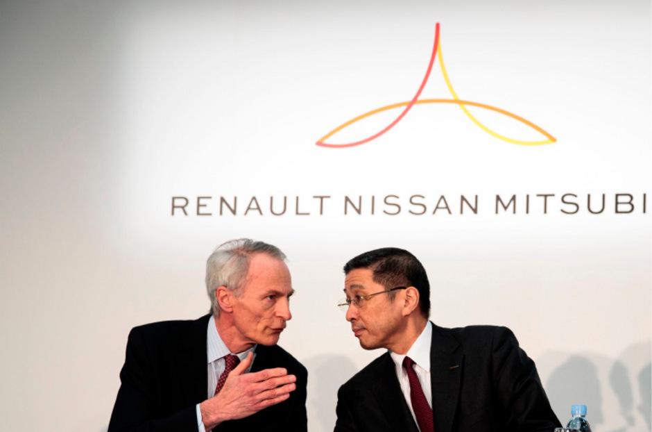 Jean-Dominique Senard (l.), Verwaltungsratschef von Renault und Nissan-Vorstandschef Hiroto Saikawa.