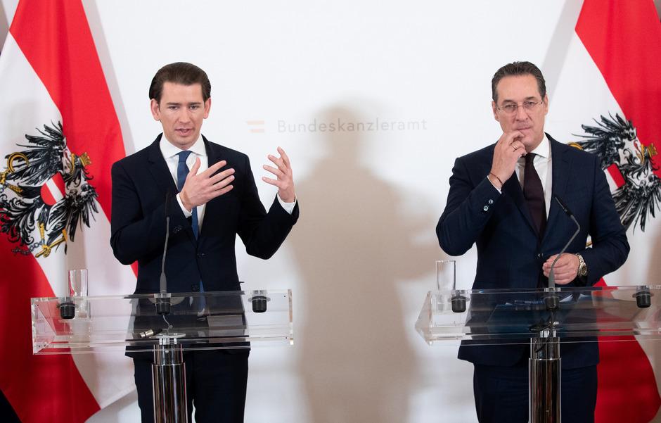 Bundeskanzler Sebastian Kurz (ÖVP) und Vizekanzler Heinz-Christian Strache (FPÖ) nach der Sitzung im Ministerrat.