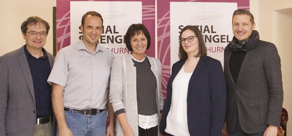 Andreas Hofer, Andreas Bergmann, Angela Kollnig (v.l.) und Christian Steininger (r.) stellen die neue Leiterin Madlen Rofner vor.