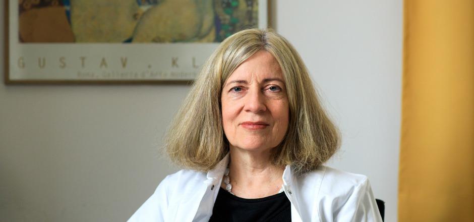 Die Neurologin Birgit Högl ist seit 20 Jahren als Schlafforscherin in Innsbruck tätig und international renommiert.
