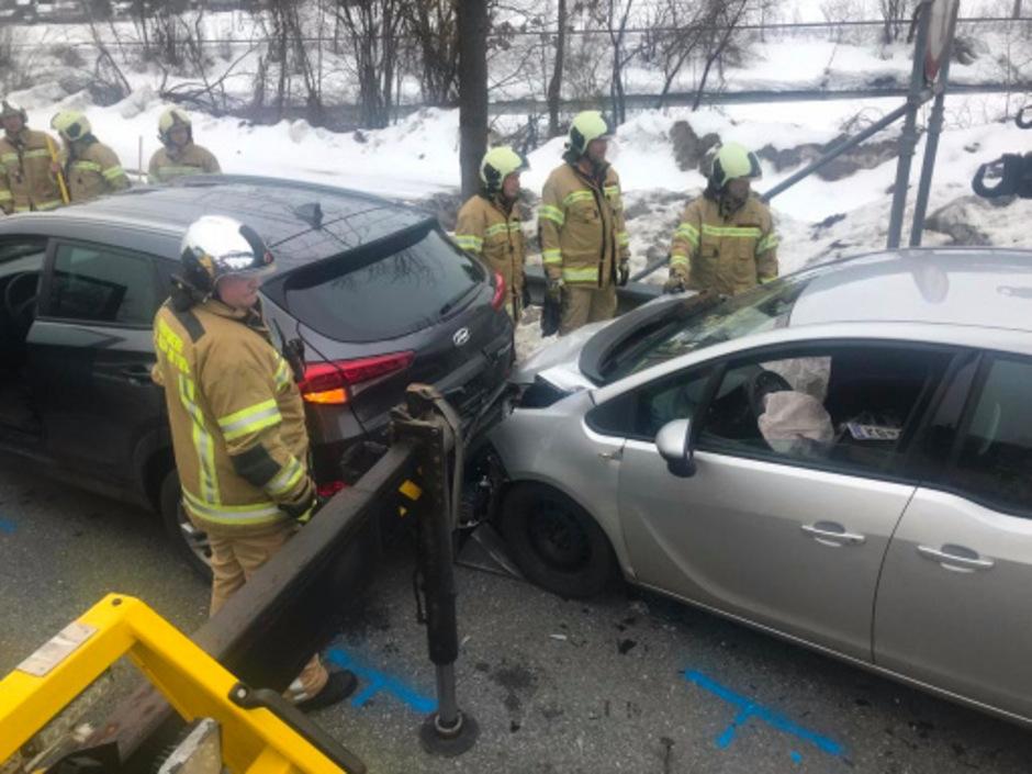 Alle drei beteiligten Fahrzeuge wurden schwer beschädigt.