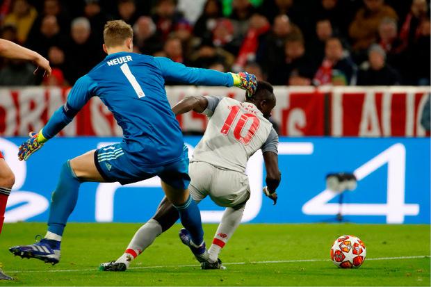 Bei seinem Ausflug und dem 1:0 für Liverpool durch Sadio Mane machte Torhüter Manuel Neuer keine gute Figur.