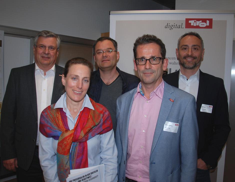 """Bei der Premiere der """"digital.tirol""""-Bezirkstour im Landecker Innovationszentrum LanTech: Toni Prantauer, Heidrun Bichler-Ripfel, Gerald Jochum, Paul Schwaiger und Rainer Haag (v.l.)."""