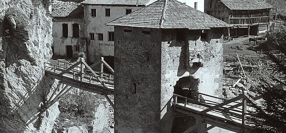Altfinstermünz um 1930: Kaiser Maximilian ließ die Anlage ab 1512 zur Festung ausbauen.