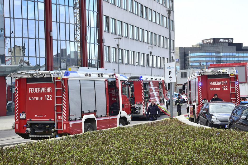 700 Menschen mussten evakuiert werden.