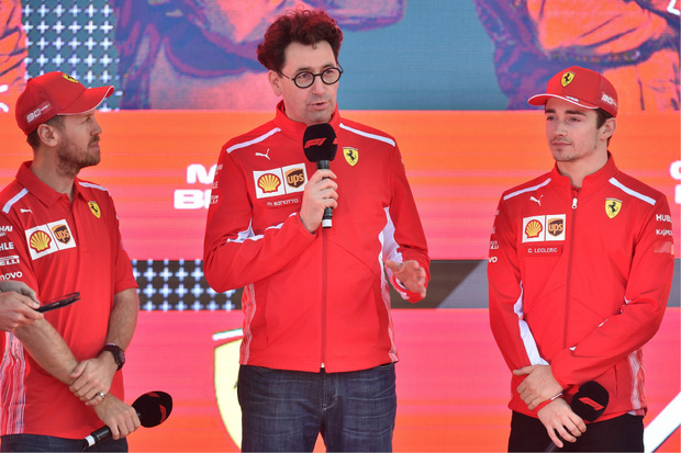 Ferrari-Teamchef Mattia Binotto, Sebastian Vettel und Charles Leclerc blasen zum Angriff auf Mercedes.