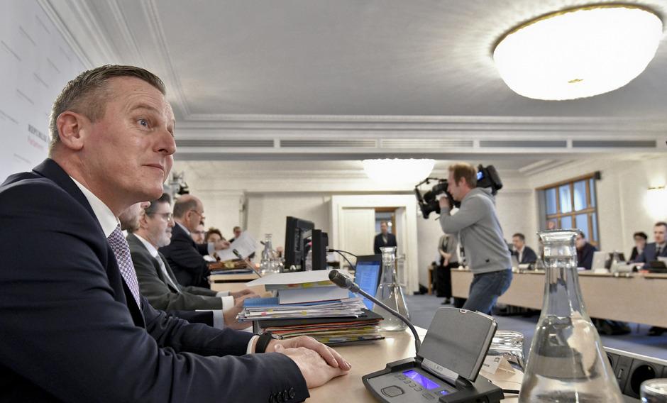 Verteidigungsminister Mario Kunasek (FPÖ) am Donnerstag im Eurofighter-U-Ausschuss.