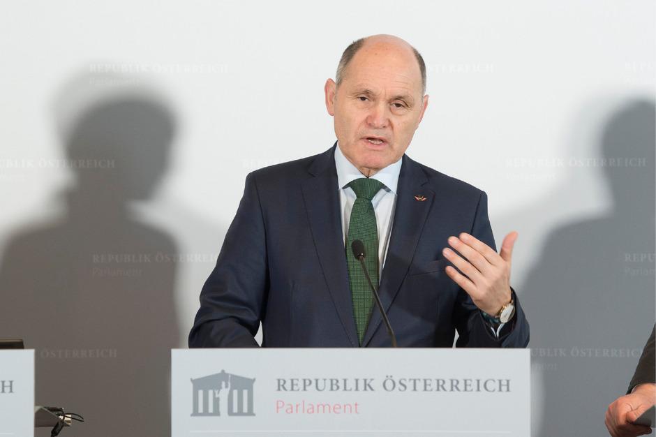"""Pressekonferenz zur """"Antisemitismus-Studie"""" mit Nationalratspräsident Wolfgang Sobotka."""