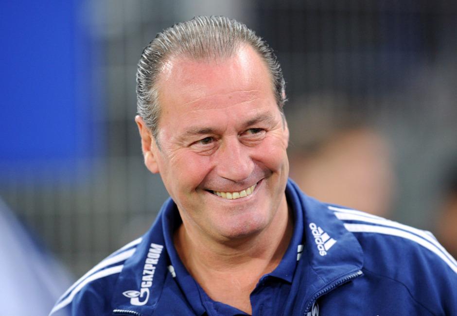 War bereits zwei Mal Schalke-Trainer: Huub Stevens.