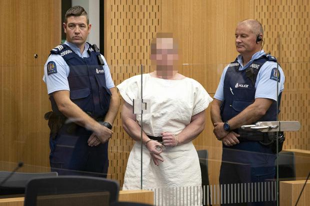Der mutmaßliche Haupttäter wurde vor Gericht vorgeführt.