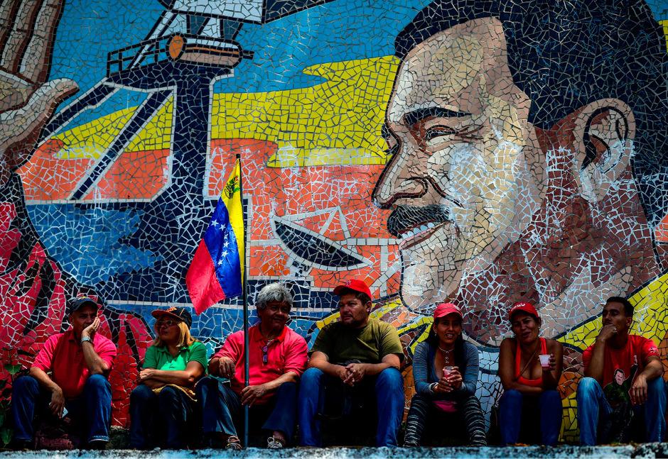 Ein Porträt von Nicolas Maduro in Caracas.