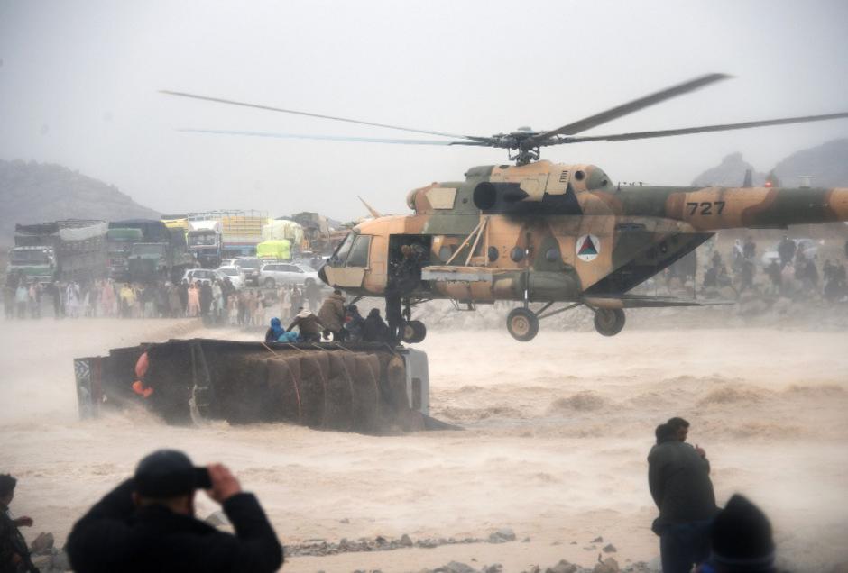 Rettungseinsatz im afghanischen Überschwemmungsgebiet.