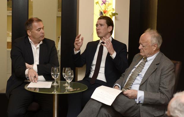Sebastian Kurz im Gespräch mit TT-Chefredakteur Alois Vahrner (links) und Ex-Nationalratspräsident Andreas Khol.