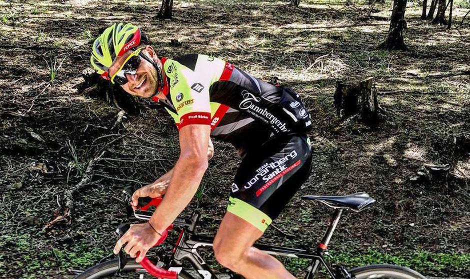 In Leonding ist es nun so weit: Der 31-jährige Imster Ex-Mountainbiker Daniel Federspiel gibt bei der Rad-Bundesliga sein Debüt für das Team Vorarlberg Santic.